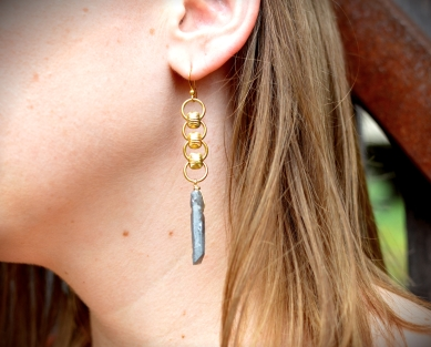 Oxidized Quarts Earrings