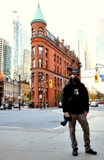 Nick Wons - Spade On The Street, Gooderham Building