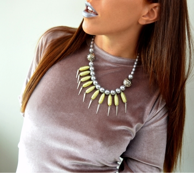 Edgy & Romantic Resin & Pearl Necklace