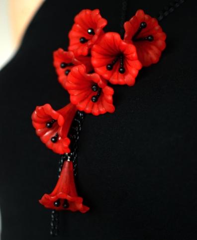 Trumpet Flower Necklace